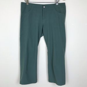 Patagonia Green Cropped Capri Hiking Camping Pants